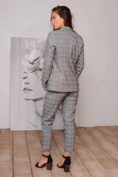 Женский костюм (пиджак + брюки) клетка серая