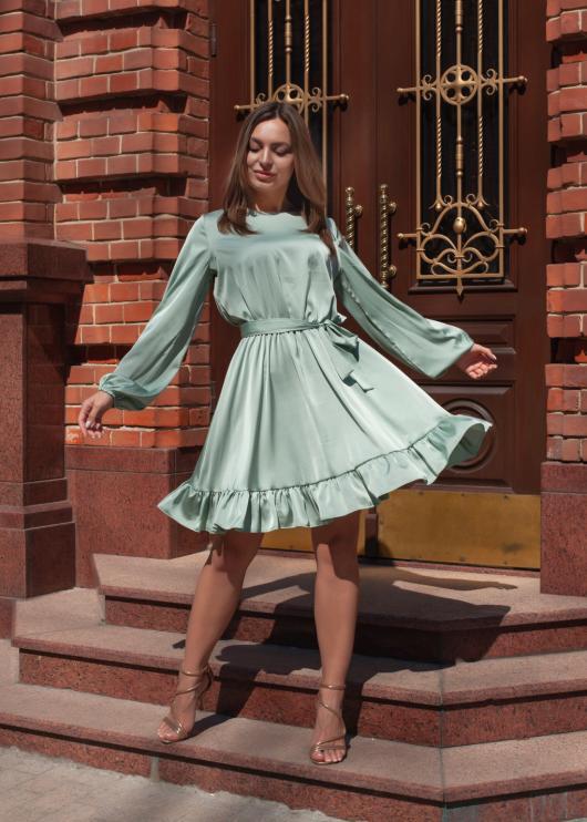 Элегантное женское платье цвет светло-зелёный