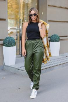 Женские штаны экокожа зеленые