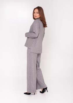 Женский тёплый костюм серый в мелкую клетку