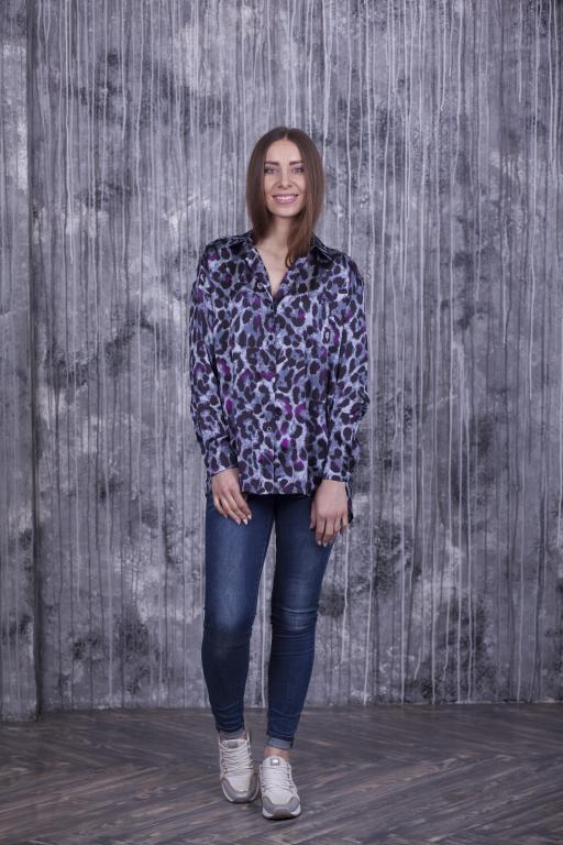 Женская рубашка Ария фиолетовая с леопардовым принтом