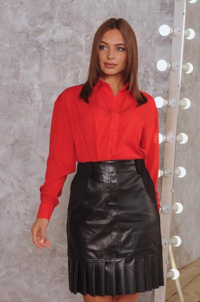 Женская рубашка красная