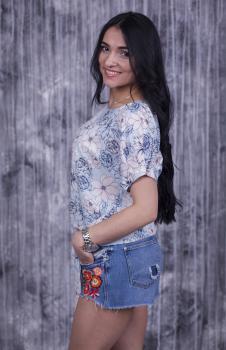 Блузка Вики голубая с цветочным принтом