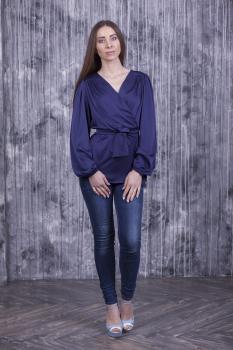Элегантная женская блуза на запах синяя