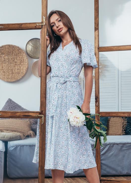 Платье летнее Мия светло-голубое с цветочным принтом