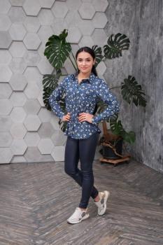 Рубашка Рената синяя с цветочным принитом